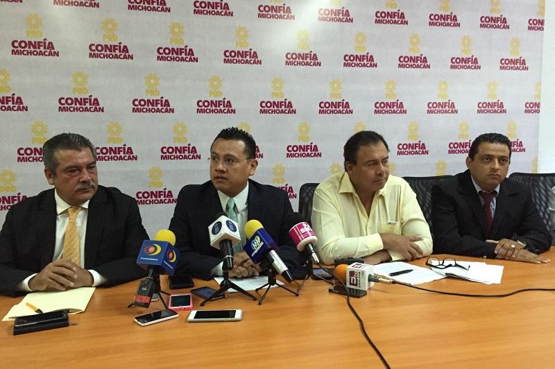 Torres Piña, enfatizó que si bien Michoacán sigue enfrentando el reto de la inseguridad, se han dado pasos firmes para contar con cuerpos de seguridad mejor equipados y adiestrados