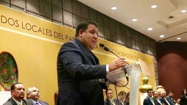 Puebla Arévalo dijo que lidera un grupo que no rehúye al sano debate y al intercambio de ideas y por el contrario busca en consenso y los acuerdos