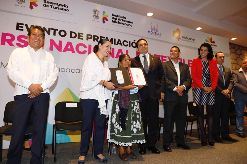 Tlalpujahua, Pátzcuaro y Tzintzuntzan son los municipios favorecidos con el Programa de Espacios de Venta Artesanal en Destinos Turísticos