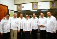 Aureoles Conejo, asistió a la toma de protesta de Carlos Manuel Joaquín González, como titular del Ejecutivo de Quintana Roo