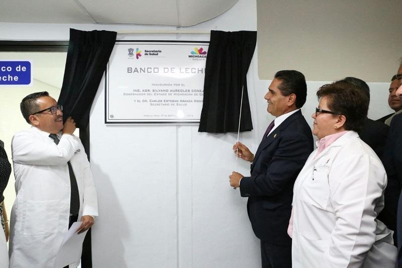 Aureoles Conejo reiteró su compromiso con mejorar los servicios de salud para dar una atención de calidad a todas y todos los ciudadanos, al ser un tema prioritario para la actual administración que encabeza