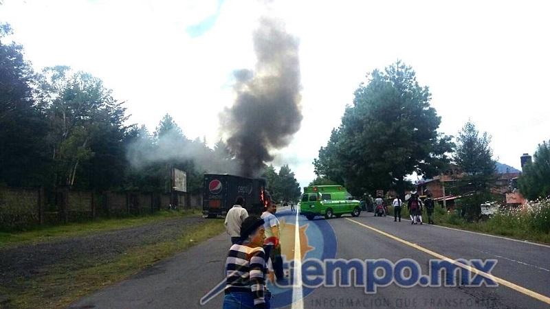 De esta forma, estos grupos de chantaje exigen la liberación de sus 49 compañeros que fueron detenidos por robar y quemar vehículos, así como por enfrentar a las autoridades