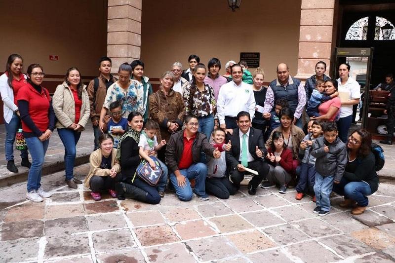 Núñez Aguilar adelantó que está por presentarse al pleno la propuesta que permitirá a las personas con discapacidad facilitar su acceso a los archivos y documentos de interés público