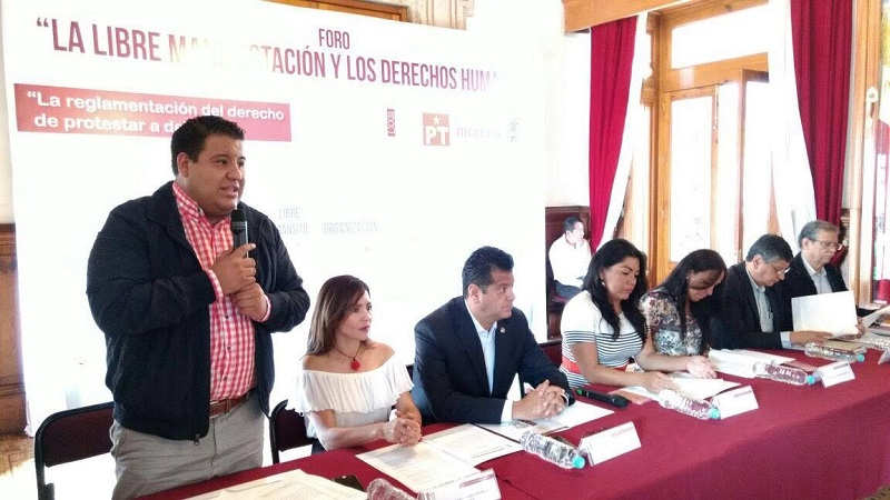 """Puebla Arévalo participó en el Foro """"La Libre Expresión y los Derechos Humanos"""""""