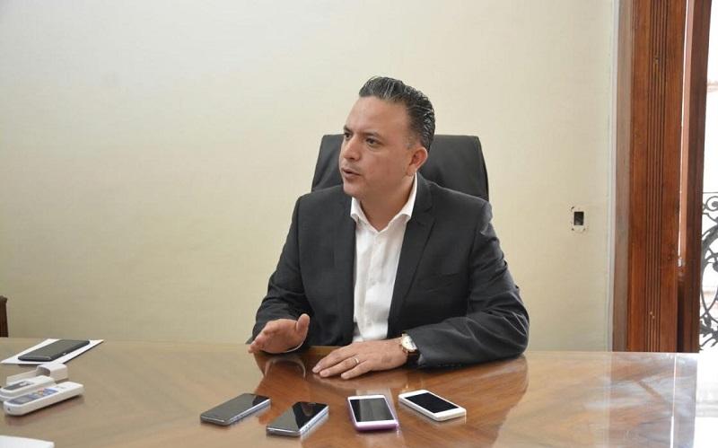 Luego del anuncio sobre la posible radicalización de acciones por parte de la CNTE, el diputado panista pidió no asumir actitudes que en nada abonan a la estabilidad del estado