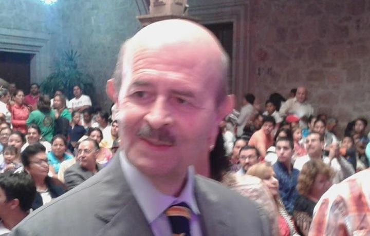 """En cuando a los pocos elementos policíacos que se tienen para Morelia, Vallejo Figueroa indicó que es """"lamentable"""" la cifra y """"hasta con una nalgada"""" los quitan"""