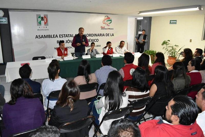 El dirigente estatal del PR, Víctor Silva, aseguró que los jóvenes priistas son el presente del partido y ellos construirán el futuro.