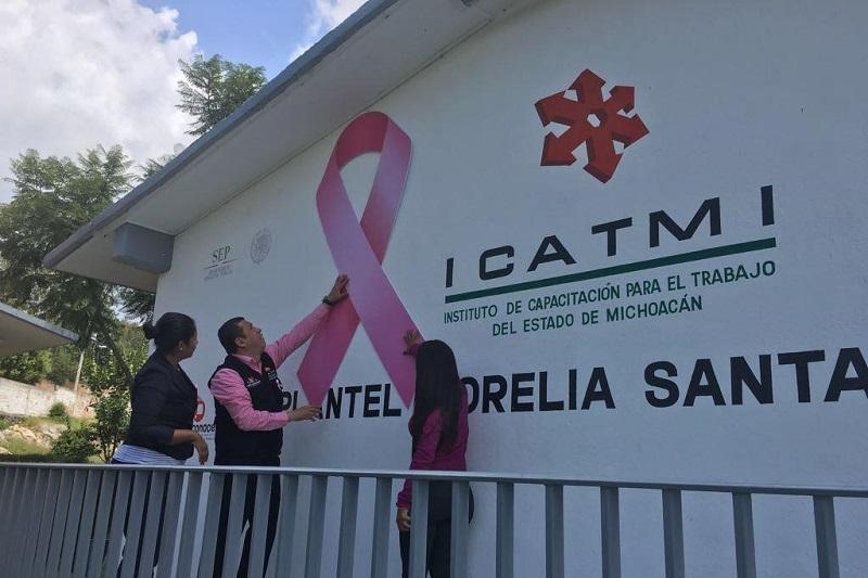 Juan Carlos Barragán adelantó que durante este mes se realizarán acciones complementarias a la capacitación para que las mujeres que se capacitan en ICATMI accedan a información que les permita prevenir el cáncer y llevar una vida de bienestar y saludable