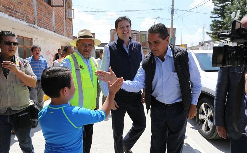 Aureoles Conejo inauguró una calle al norte de la capital; más de un millón 894 mil pesos es la inversión