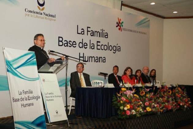 Vega Campa señaló que por instrucción del secretario de Gobierno, Adrián López Solís, la dependencia a su cargo ha escuchado y establecido una relación de trabajo y respeto tanto con las organizaciones religiosas como sociales