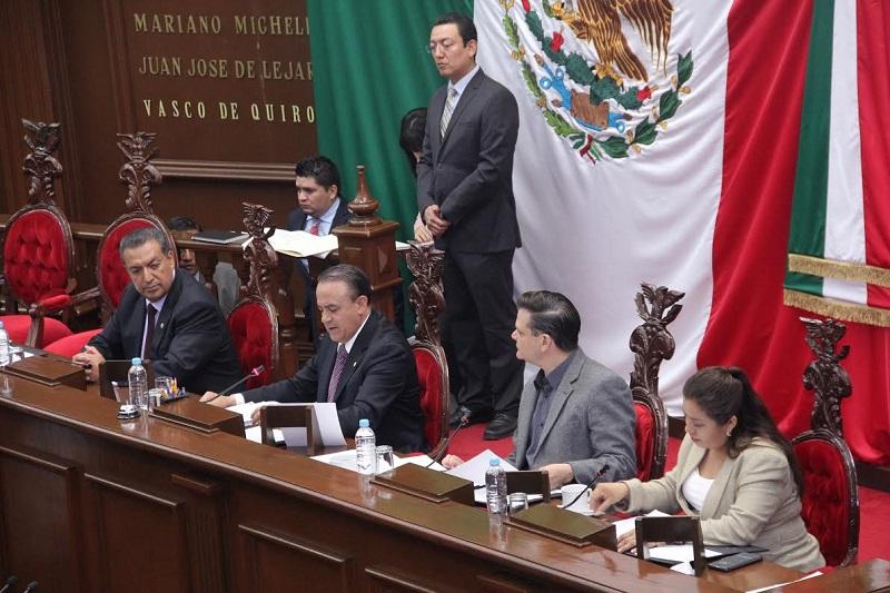 El dictamen que fue presentado por la Comisión de Justicia, contienen la propuesta de la diputada Jeovana Alcántar, el cual plantea pertinente agravar el delito en caso de tener efectos secundarios que impacten a corto, mediano y largo plazo
