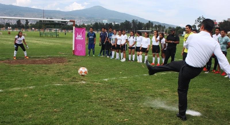 Los equipos campeones de cada rama avanzarán a la fase estatal que tendrá verificativo del 21 al 23 de octubre en las instalaciones del Centro Deportivo Ejercito de la Revolución