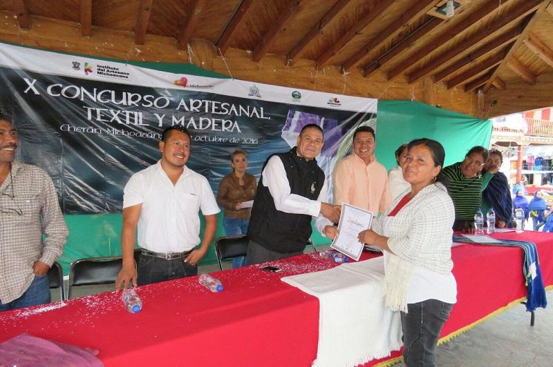 El director general del IAM, Marco Antonio Lagunas Vázquez, comentó que el jurado calificador tuvo una difícil labor para seleccionar las piezas ganadoras, ya que había muchas de muy buena calidad