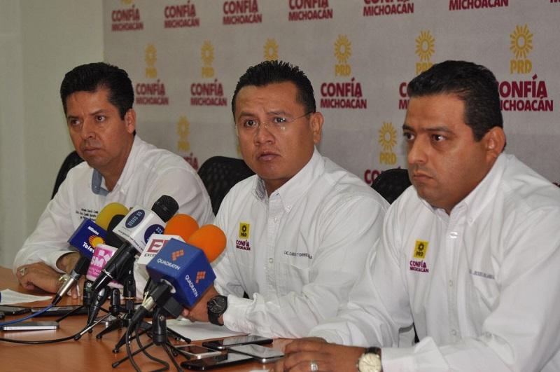 Torres Piña aseguró que además de Michoacán, el resto de los estados en los que gobierna el PRD como Tabasco, Morelos y la Ciudad de México son los más castigados; esta última con un recorte de 12 mil mdp