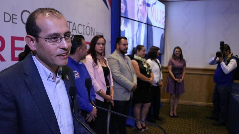 Por su parte Gerardina Vázquez Vaca, secretaria estatal de Promoción Política de la Mujer, destacó que el compromiso que la dirigencia tiene a través de PPM, es lograr el empoderamiento de este sector