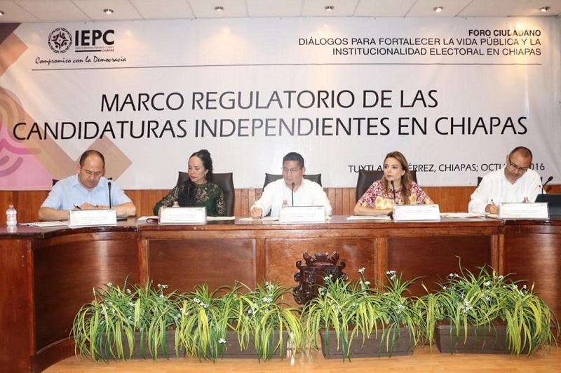 Hernández Reyes destacó que las candidaturas independientes son, hoy por hoy, un tema novedoso y recurrente en los procesos electorales, desde su incorporación en el 2012 gracias a las reformas constitucionales