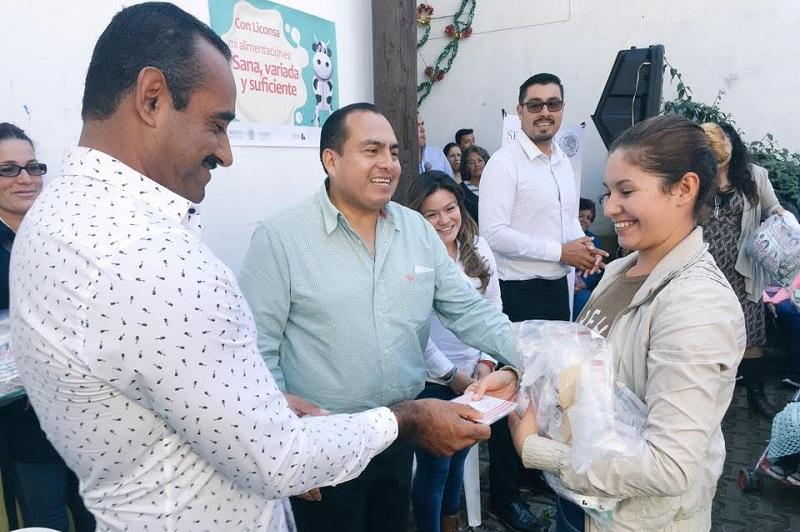 Color Gasca, reiteró el compromiso del presidente Enrique Peña Nieto de que todas y todos los michoacanos tengan una mejor calidad de vida a través del Programa de Abasto Social de LICONSA