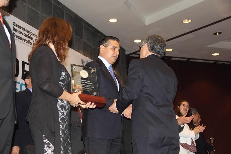 José Luis Montañez Espinosa, secretario de Innovación Ciencia y Desarrollo Tecnológico en Michoacán, indicó que el objetivo del XI Congreso Estatal de Ciencia, Tecnología e Innovación es impulsar la investigación