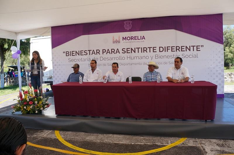 """Guillermo Marín Chávez informó que con esta nueva edición de la """"Feria de la Salud"""" se han atendido a cerca de 5 mil personas de las comunidades y colonias más vulnerables de la ciudad"""