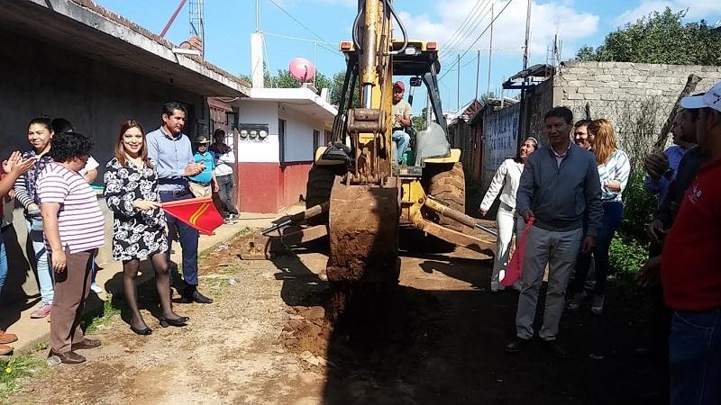La diputada del PRI resaltó el trabajo que está realizando Hernández Lara al priorizar en su gobierno acciones que cubran las necesidades básicas de la población