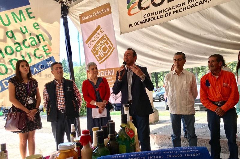 Lo anterior durante su mensaje en el acto inaugural de la edición número 36 del bazar de Codemi encabezado por Alma Espinosa en el que también participó el delegado federal de la Secretaría de Economía, Salvador Abud