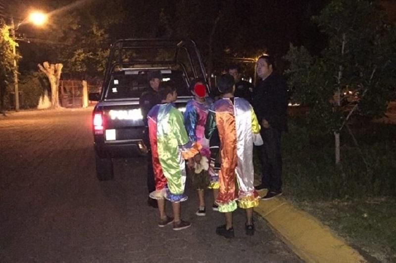 Los adolescentes aseguraron ser originarios del estado de Guanajuato y que sólo buscaban grabar algunos videos, por lo que se hicieron acreedores a una multa