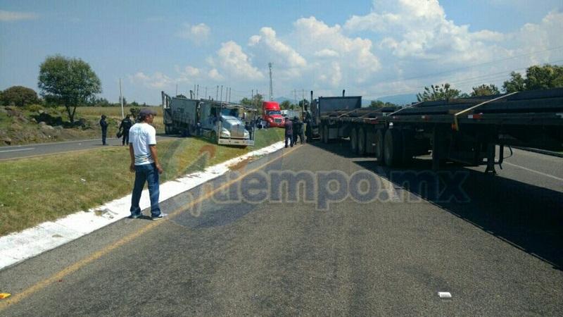 Policías antimotines de la SSP ya se encuentran en la zona para otro posible desalojo (FOTO: FRANCISCO ALBERTO SOTOMAYOR)
