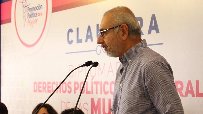 Vega Casillas indicó que son una gran variedad de sectores de Michoacán que se han visto afectados de manera directa por los paros, marchas y manifestaciones