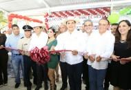 Aureoles Conejo inauguró una obra alusiva a la ciudad, donde se encuentra el nombre de Apatzingán en letras en gran formato para que todos los habitantes y turistas que visiten la región, puedan fotografiarse en dicho espacio