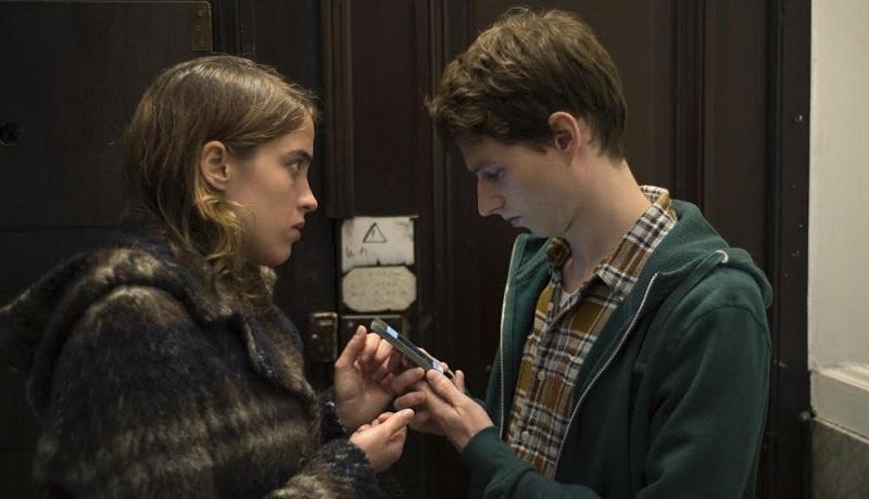 De entrada, esta especie de thriller dramático, es algo nuevo en el cine de los hermanos Dardenne, quienes han hecho grandes películas alrededor de temas que giran en torno a la familia