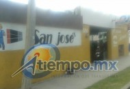 Tras los hechos, los primeros en llegar fueron elementos del Grupo Tigre de seguridad privada, y fue hasta varios minutos más tarde que arribaron agentes de la Policía Michoacán (FOTO: FRANCISCO ALBERTO SOTOMAYOR)