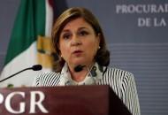 En vista de que esta decisión genera una vacante en la PGR, el Ejecutivo Federal someterá a la consideración de la Cámara Alta, la designación del senador con licencia, Raúl Cervantes