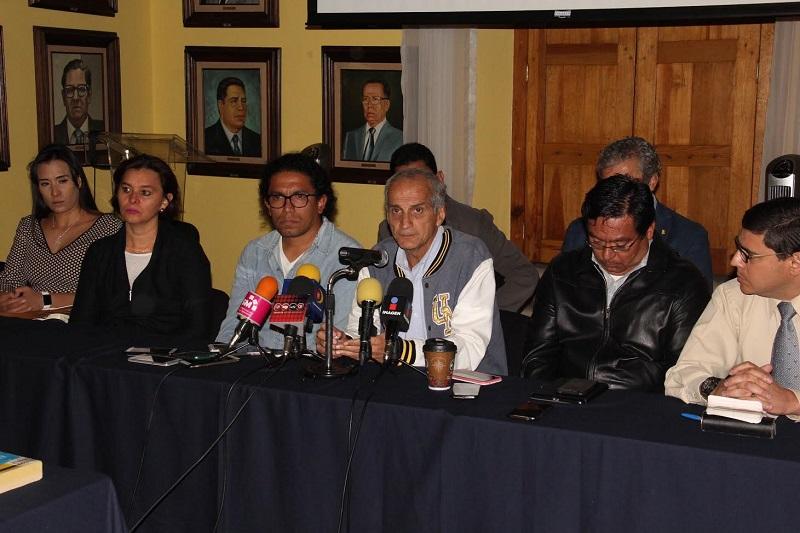 Acusan investigadores y directivos de prácticas intimidatorias a quienes tienen retenidas instalaciones de la Universidad Michoacana