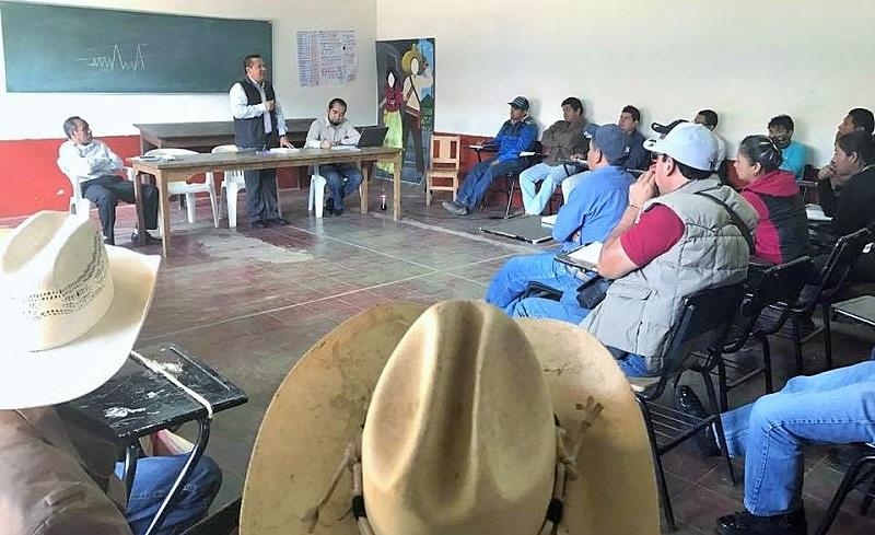 """""""Todo el que tenga un genuino interés con el desarrollo de sus pueblos encontrará en este gobierno a un firme aliado"""", sostuvo en el marco de su visita a la Cañada de los Once Pueblos y a la Ciénega de Zacapu"""