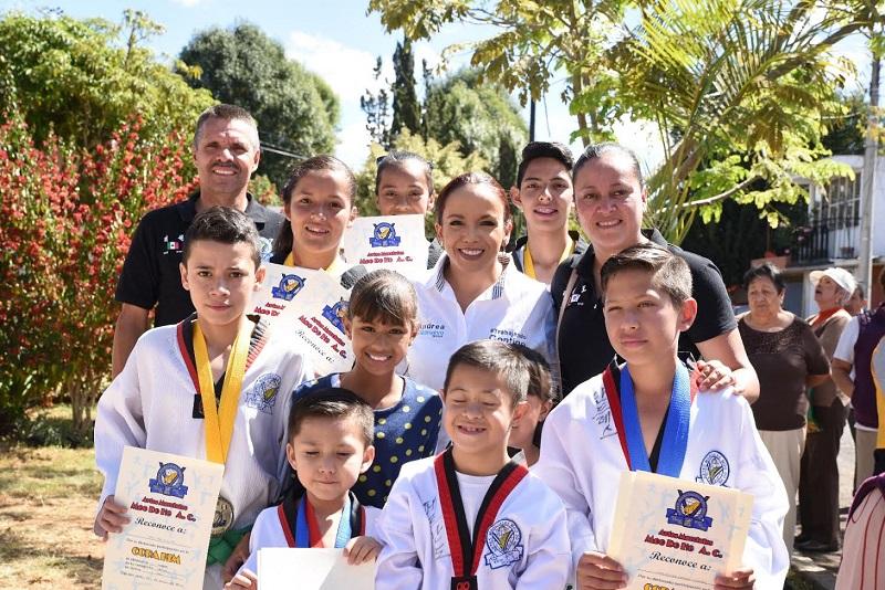 Andrea Villanueva aseguró que continuará respaldando a todos los jóvenes que tengan ganas de salir adelante con esfuerzo y dedicación