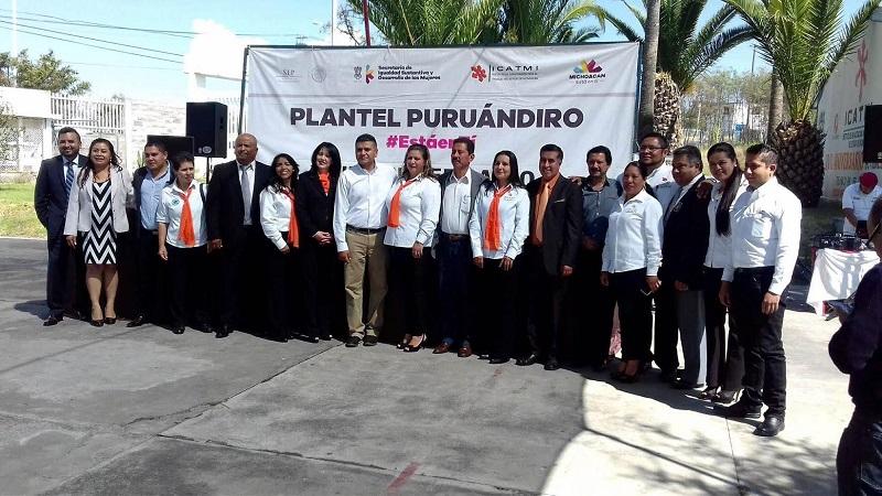 A lo largo de los 17 años de vida del plantel Puruándiro, se ha capacitado a más de 20 mil michoacanos en áreas de Belleza, Inglés, Confección Industrial de Ropa y Mecánica