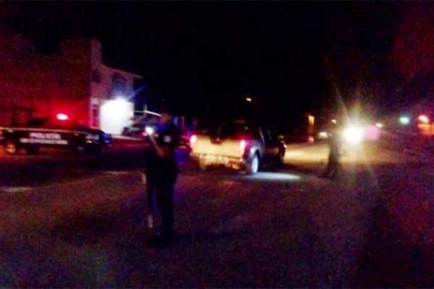 En un comunicado, la SSP de Michoacán informó que durante los operativos, también fueron asegurados 4 vehículos, 12 teléfonos celulares, 24 garrafones con combustible presuntamente robado, y 89 mil 400 pesos en efectivo, además de drogas