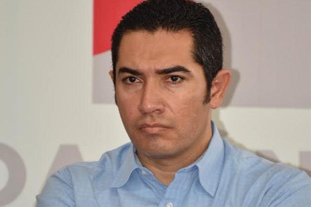García Maldonado puntualizó que ninguno de los dos partidos acompañaron sus quejas con pruebas que las sustenten; y que el tricolor está revisando el planteamiento y lo resolverán con los tiempos que dicta el código electoral