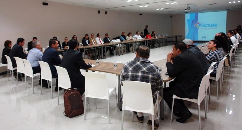 El titular de la SSPE, Alvar Cabeza de Vaca, se reunió con la Asociación de Hoteles y Moteles de Guanajuato