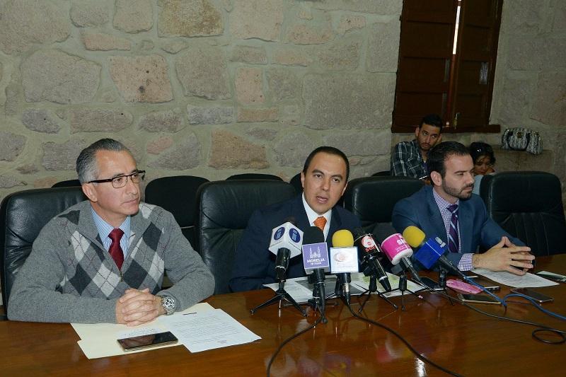 El secretario del Ayuntamiento, Jesús Ávalos Plata, anunció la incorporación del municipio a la Alianza para el Gobierno Abierto impulsada por el Ejecutivo Federal y que además forma parte de un movimiento global en este ámbito