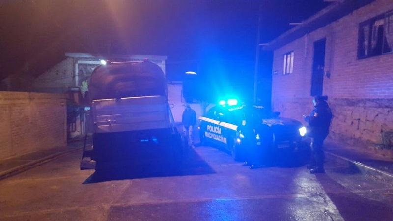 Los presuntos implicados, vehículos, arma de fuego y droga se pusieron a disposición de la autoridad competente