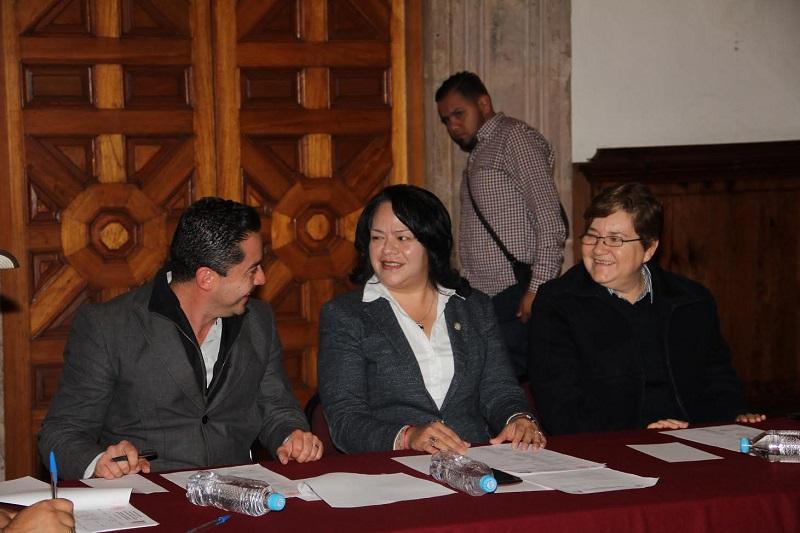 Alcántar Baca manifestó su interés por eliminar los rezagos y coadyuvar a construir leyes plurales e integrales, pensando siempre en el beneficio de los municipios y por consecuencia de los michoacanos