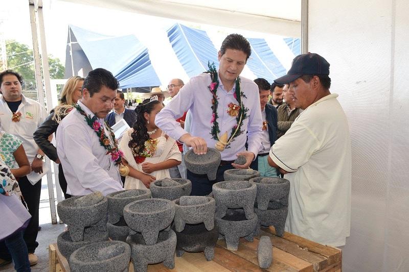 Esta Feria contará con la participación de 24 artesanos de la Tenencia de San Nicolás Obispo y 10 cocineras tradicionales