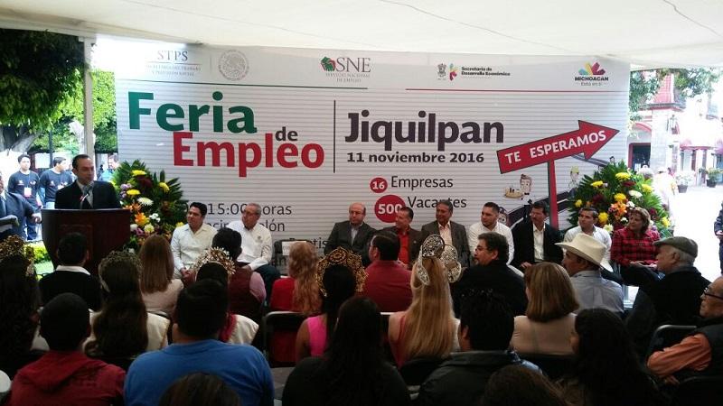 Lo anterior, durante el acto de inauguración de la Feria de Empleo realizada en Jiquilpan