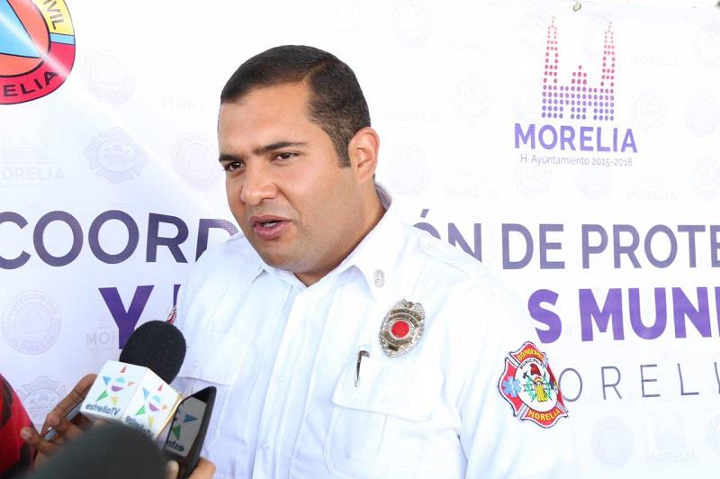 Bajo este tenor, el Coordinador de Protección Civil y Bomberos de Morelia puso a disposición de la población el teléfono 3 22 55 08, para apoyar a la ciudadanía en el caso de que ocurra un accidente