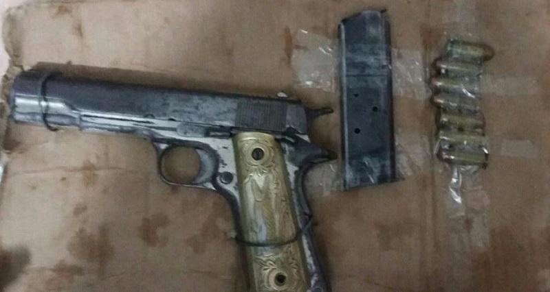Los presuntos implicados, armas de fuego, droga y vehículos fueron puestos a disposición de la autoridad competente