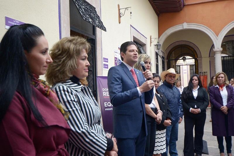 Alfonso Martínez, dejó claro que se tiene que trabajar en el cambio cultural y dejar de ver a la violencia en contra de las mujeres como algo normal