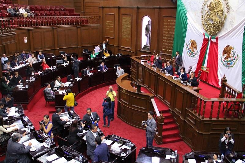 Los seleccionados tendrán que comparecer el 28 de noviembre ante los diputados integrantes de la comisión en mención, quienes deberán presentar un proyecto de trabajo del cargo y responder los cuestionamientos que planteen los legisladores
