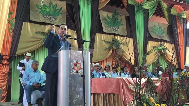 Lo anterior de acuerdo a lo que señaló Soto Sánchez, titular de la Sedeco, durante su mensaje en el acto inaugural de la edición número 13 de la Feria del Mezcal celebrada en el municipio de Villa Madero