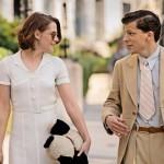 Pero a pesar de que es un filme simpático y disfrutable, hay algo en Café Society que no termina de funcionar. Quizás sea la tibieza del romance entre Eisenberg y Stewart o el desentonado desempeño de Blake Lively.